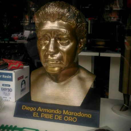 BUSTO Diego Armando Maradona el pibe de oro